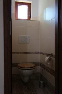 Toalety v Chaloupce